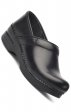 NARROW PRO par Dansko (aux femmes) - Black Cabrio Leather