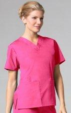 1016 Maevn CORE - 2 Pocket V-Neck Top - Hot Pink