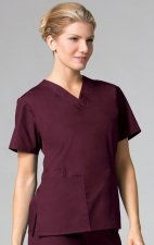 1016 Maevn CORE - 2 Pocket V-Neck Top - Wine